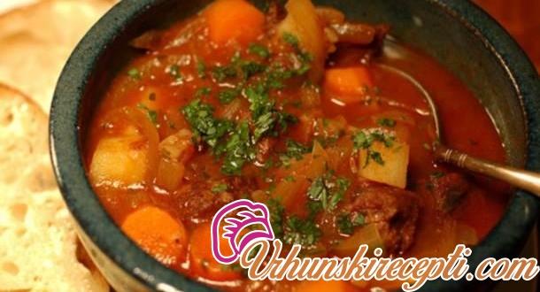 Čorba od povrća i mesa