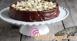 Torta sa čokoladom i mlevenim bademima
