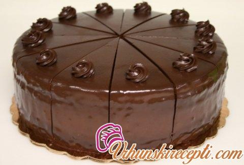 Torta sa čokoladom i voćem