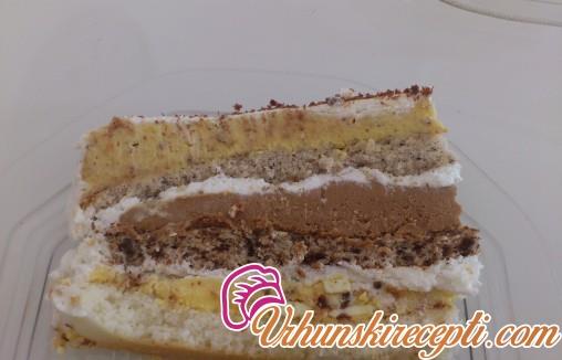 Torta sa krem bananicama i lešnicima